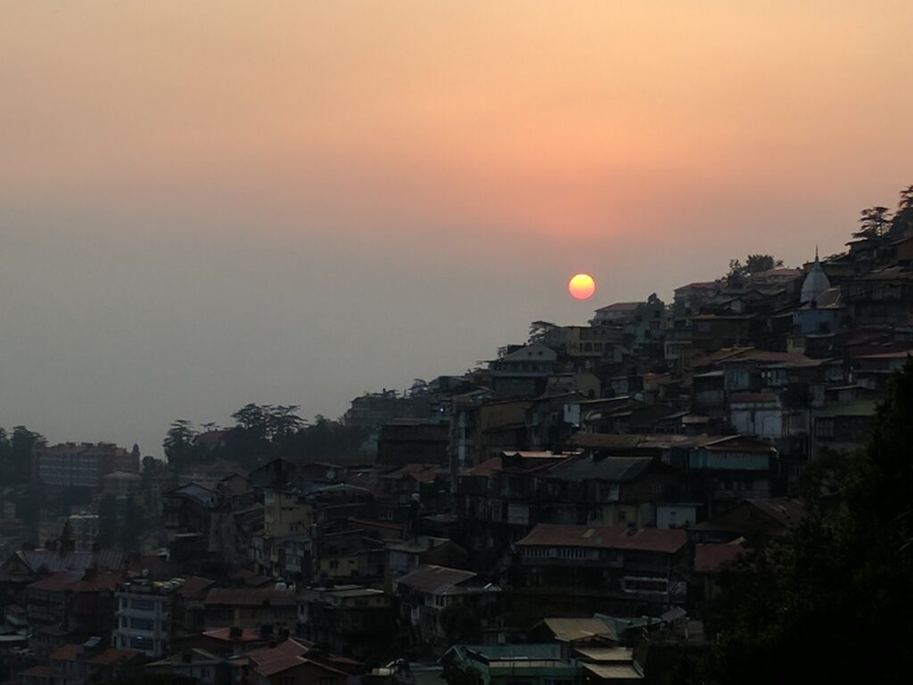Sun setting over the town of Shimla, the queen of the hills. A beautiful first evening. The adventure had just started.